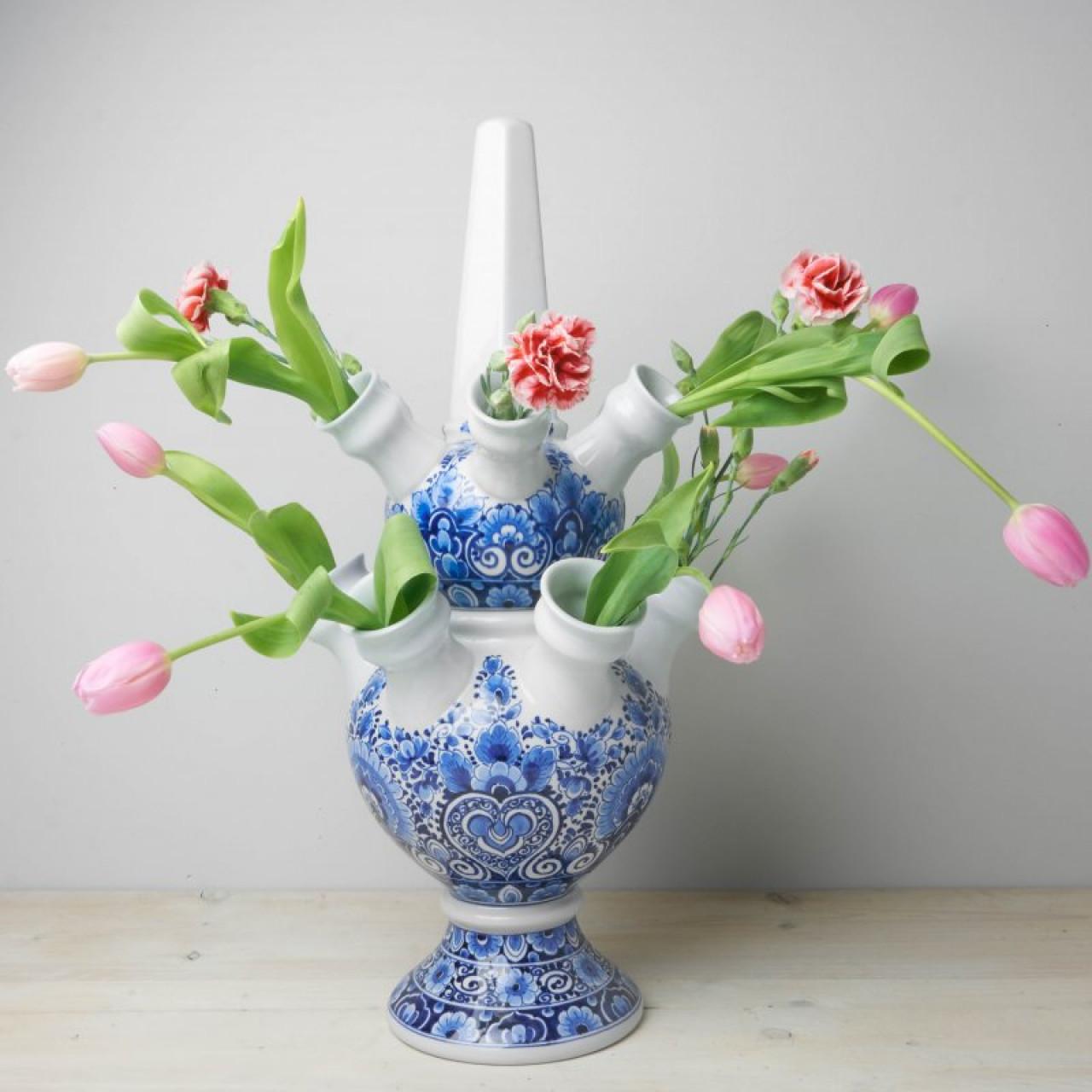 Tulip Vase 2